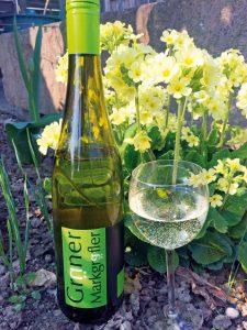 Eine Flsche Grüner Weingräfler