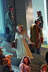 Die niederländische Sopranistin Eva-Maria Westbroek als Manon Lescaut  Foto: Jochen Klenk