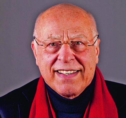 Im Gespräch: Silvio Vietta. Prof, em. Dr. phil. Silvio Vietta, Literaturwissenschaftler, Heidegger Kenner