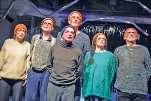 "Szenenfoto aus ""Ich, Moby Dick"" im Theater im Marienbad"