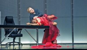 """Szene aus """"Tosca""""  im Festspielhaus Baden-Baden"""