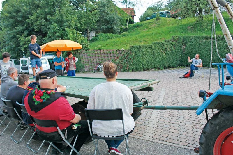 Besuch einer Probe des Theaters in den Bergen in Häg-Ehrsberg