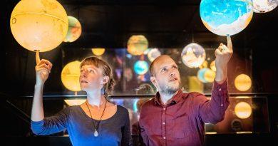 """Freiburger Duo """"Einfach so"""" veröffentlicht Musikvideo zum Thema Fair Fashion"""