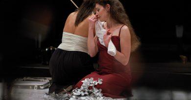 """Die Opera Factory Freiburg unter Klaus Simon mit einer berührenden Premiere von """"Narcissus & Echo"""" im E-Werk"""